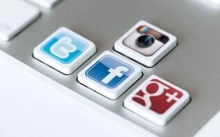 Seis hábitos nas redes sociais que podem acabar com a chance de contratação - Carreiras - iG