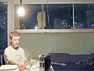 """Atual. """"Homem das Multidões"""" mostra dia a dia de um funcionário do metrô de Belo Horizonte"""