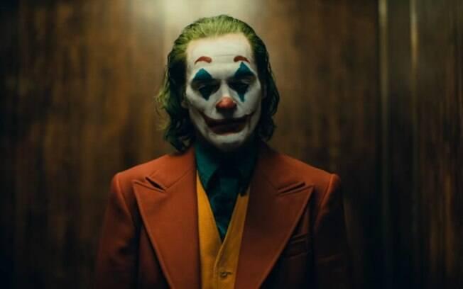 Filme solo do Coringa ganha primeiro trailer com Joaquin Phoenix no papel do vilão da DC