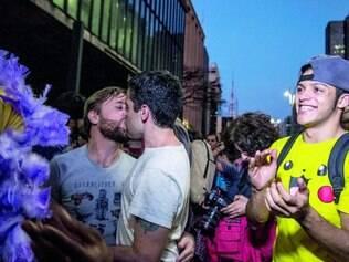 'Beijaço'. Ato em SP após declarações homofóbicas do candidato à Presidência Levy Fidelix (PRTB)