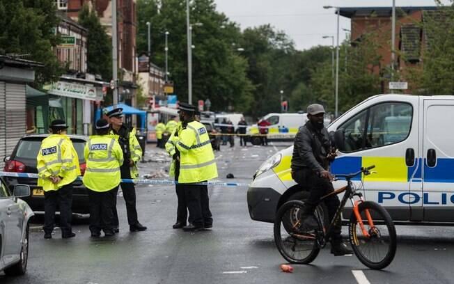 Tiroteio em Manchester deixa dez feridos após festival de música latina, o carnaval caribenho