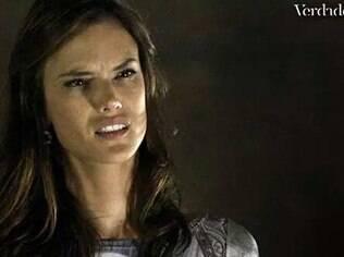 Alessandra Ambrosio na cena em que Alex (Rodrigo Lombardi) termina com Sâmia em 'Verdades Secretas'