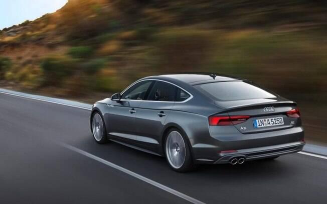 Na categoria dos sedãs grandes premium, o Audi A5 Sportback tem um ótimo desconto de R$ 10 mil
