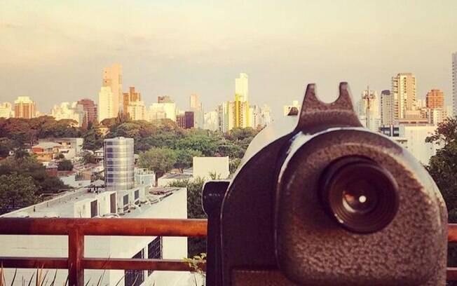 O Alto da Harmonia é um dos únicos mirantes da lista com direito a luneta para apreciar um ângulo diferente da cidade