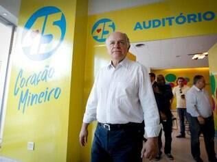 Reunião de Pimenta da Veiga com prefeitos de Minas Gerais
