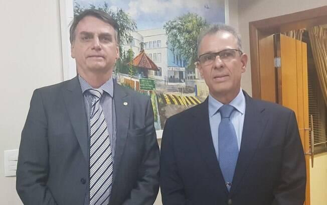 Ministros de Bolsonaro: almirante de esquadra Bento Costa Lima Leite será ministro de Minas e Energia
