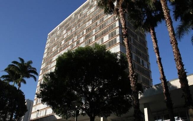 Prefeitura confirma surto de covid-19 entre motoristas do Paço Municipal