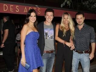 Adriane Galisteu e marido, Alexandre Iódice, com Rodrigo Faro e sua mulher, Vera
