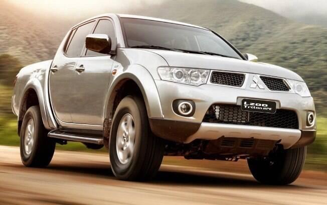Mitsubishi L200 estabeleceu um marco no estilo das picapes médias modernas quando foi lançada, em 2008