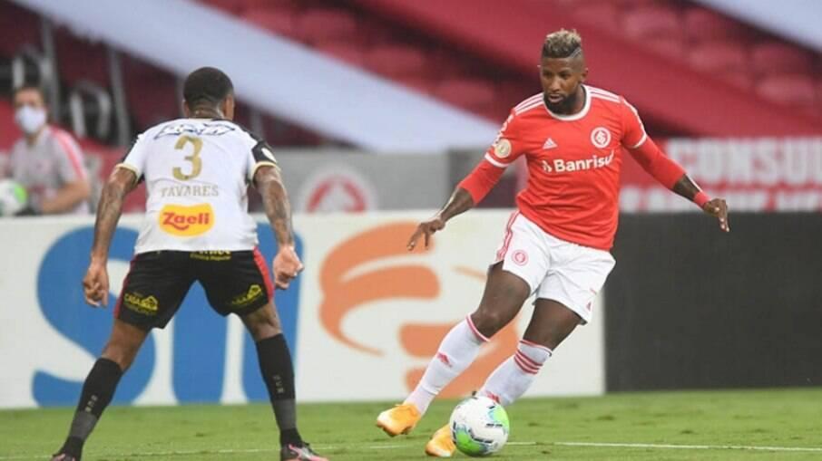 Rodinei deve ser titular do Inter contra o Flamengo
