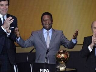 Pelé é agraciado com conquista inédita em sua vasta coleção