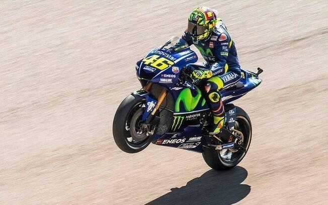 Valentino Rossi voltou às pistas poucos dias depois de passar por cirurgia na perna