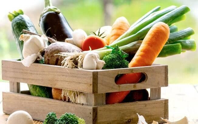 Alimentação saudável pode ajudar no combate aos transtornos mentais