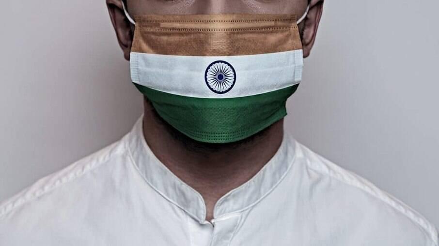 Índia atinge novo recorde de mortes diárias por Covid-19