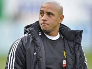 Quando atuava pelo Anzhi, da Rússia, o lateral-esquerdo Roberto Carlos foi vítima da torcida do Zenit