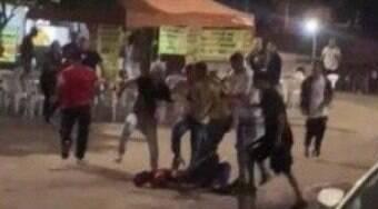 Jovem de 24 anos é assassinado a chutes em praça de Brasília