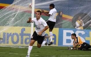 Não é piada. Corinthians contrata jogador de 27 anos para o seu time sub-23