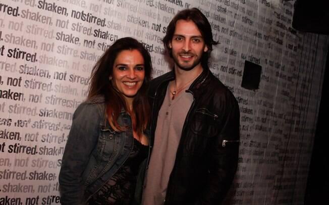 20 ANOS: Mara Carvalho (51 anos) e Carlos Martin (31 anos). Photo Rio News