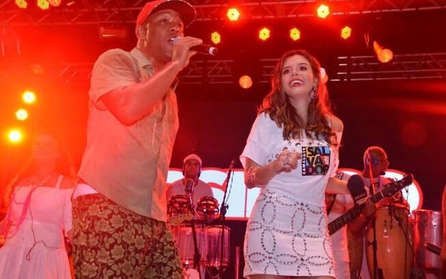 Atriz participou de show da banda Psirico no Camarote Salvador na Bahia