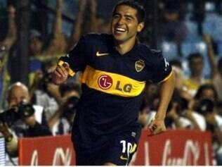 Clube espera decisão do jogador com o Boca para poder contratá-lo