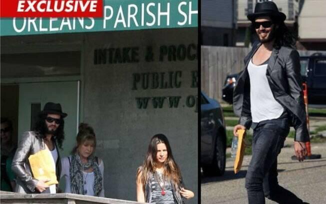 Russell Brand foi libertado da prisão após pagar fiança
