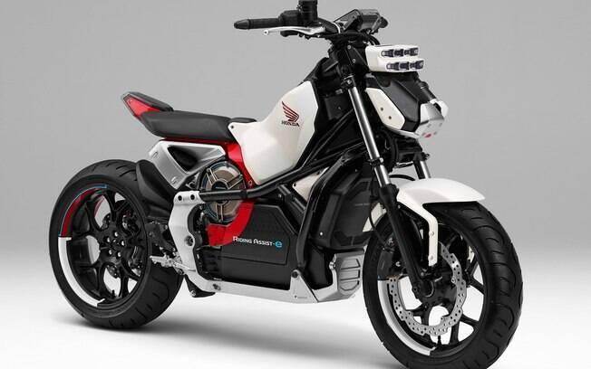 Honda Ridind Assist:  moto do futuro , que tem entre os principais recursos um sistema que a impede de tombar