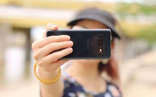 Selfies com filtros podem mexer com a autoestima dos usuários