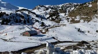 Messi compra hotel em estação de esqui de luxo e rivaliza com CR7