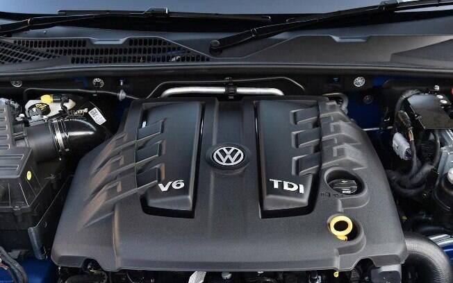 O motor é o mesmo do Audi Q7, mas com 50 cv e 5 kgfm a menos. Apesar disso, demonstrou valentia de sobra nos testes