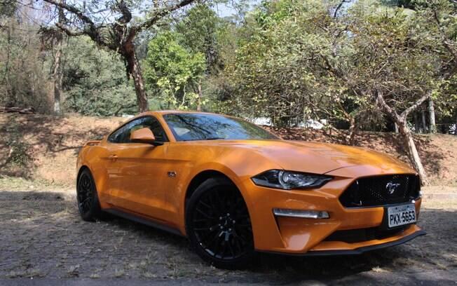 O Mustang chegou com os dois pés na porta entre os esportivos do ranking de vendas