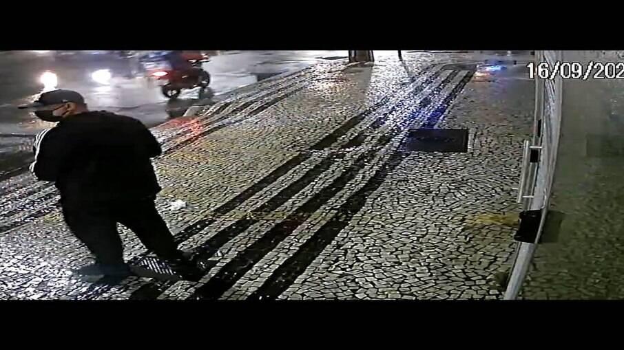 Homem arremessa explosivo no Consulado da China em Botafogo, na Zona Sul do Rio