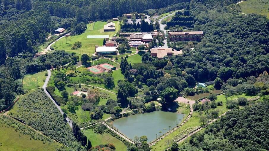 Villa Rossa está cercado por 350.000m² de Mata Atlântica
