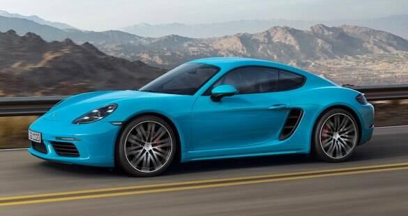 Porsche 718 Cayman: motor turbo de 4 cilindros é pura diversão. E potência