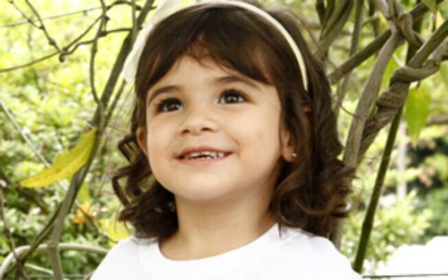 Bruna Faria interpreta Bia, filha de  Gorete e de Jairo. A pequena é o grande xodó de Juliana, que vai fazer de tudo para adotá-la