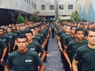 """""""Exército"""" da Universal chega ao Rio"""
