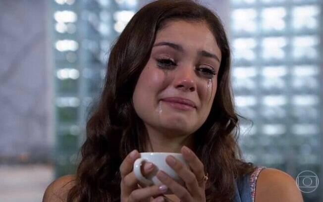 Rafael é condenado, e Amália sofre.