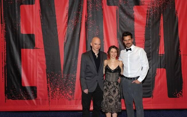 Ricky Martin e os colegas de elenco Elena Roger (Evita) e Michael Cerveris (Perón)