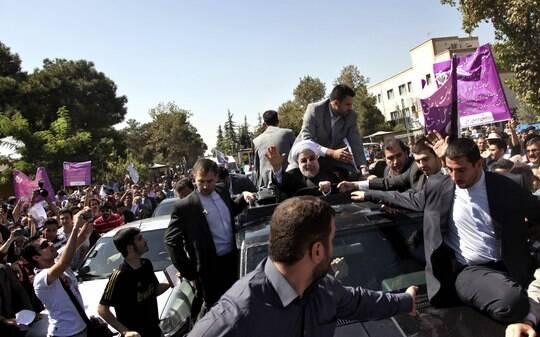 Iranianos celebram conversa histórica de Rouhani com Obama - Mundo - iG