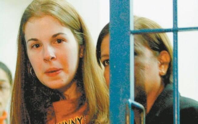 Segundo a defesa, Suzane pagará faculdade com sua renda, advinda do trabalho na penitenciária