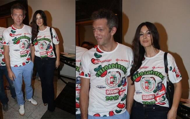 Monica Bellucci e Vincent Cassel curtiram a feijoada da Grande Rio nesse domingo (12)