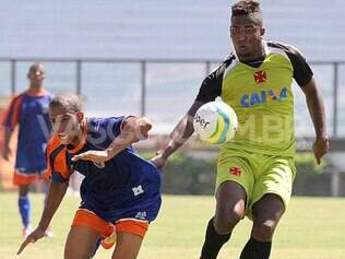 Reservas do Vasco mostra bastante determinação em jogo-treino