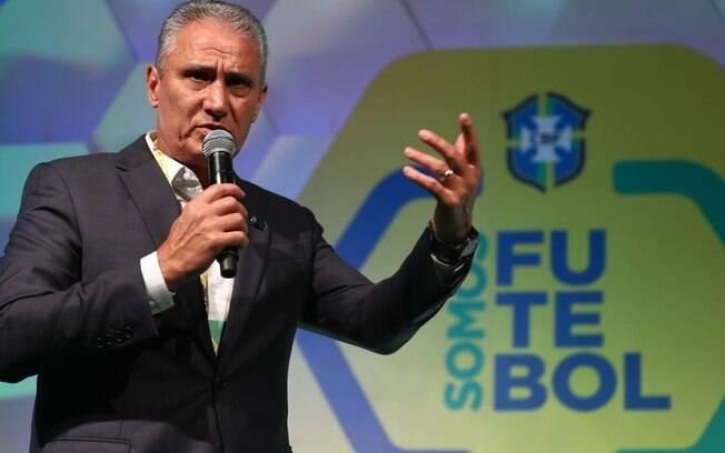 Tite vai anunciar os convocados para a Copa América no dia 17 de maio.