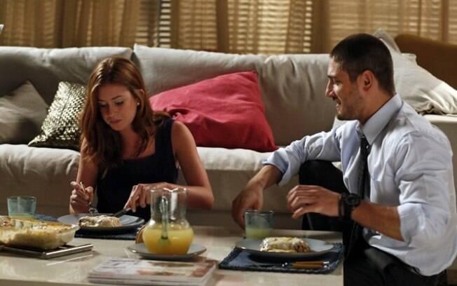 Maria Isis janta com João Lucas