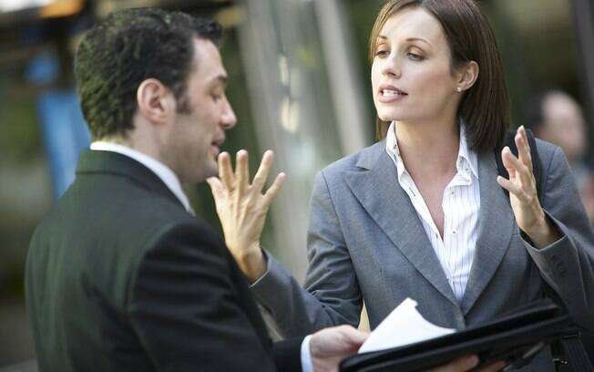 Desenvoltura também pode ser aprendida: falar inglês depende do desembaraço na comunicação