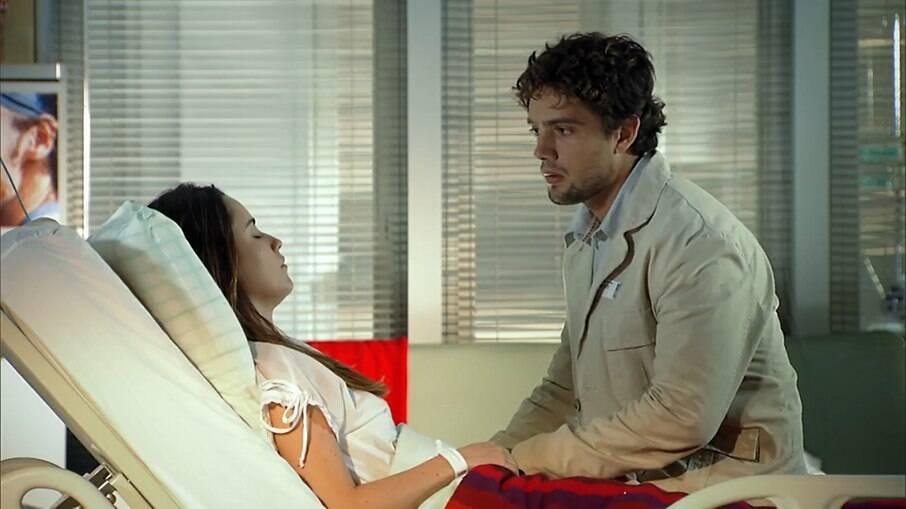 Rodrigo fica sensibilizado ao ver Ana