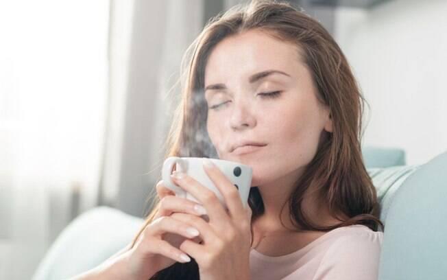 Chá de alface: a bebida faz o maior sucesso nas redes sociais!