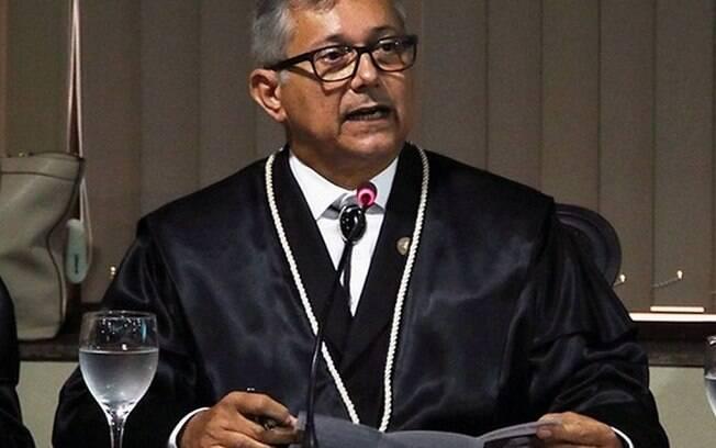 Para o procurador, políticas públicas não devem ter destinação por raça