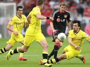 Leverkusen terá que secar o Schalke 4 que pegará o Mönchengladbach neste domingo