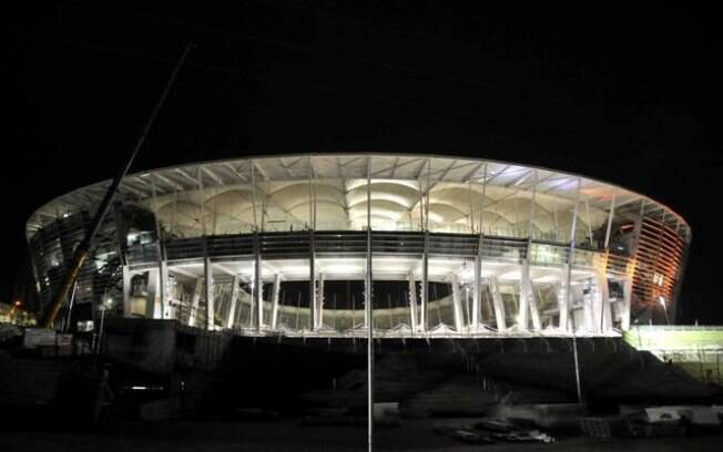 Nova fachada da Fonte Nova, na Bahia, que  receberá Brasil x Itália na Copa das  Confederações