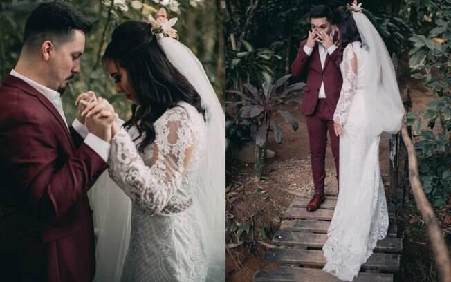 O first look aconteceu no dia do casamento, só que horas antes em um local reservado apanas para os noivos